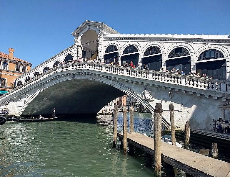 El Puente de Rialtoo Ponte di Rialto 4