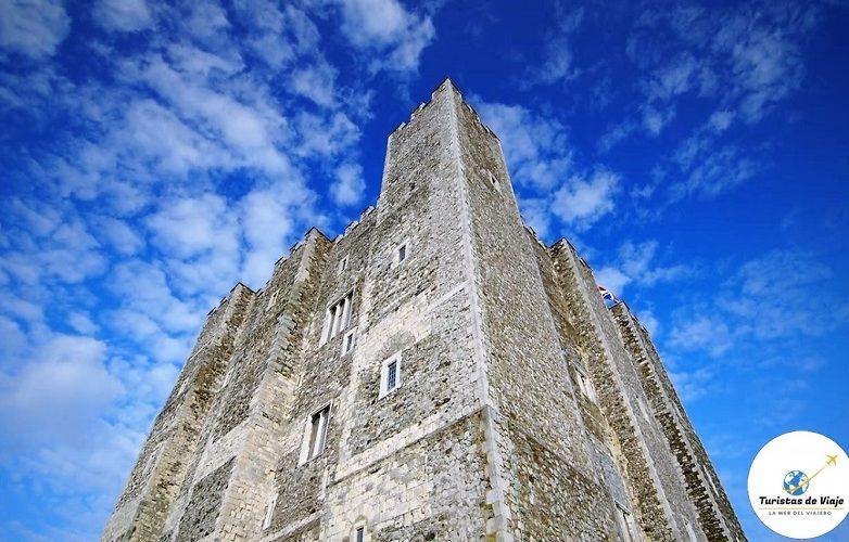 castillo Dover 20