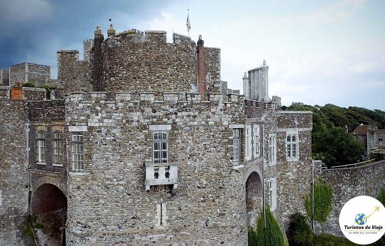 castillo Dover 9