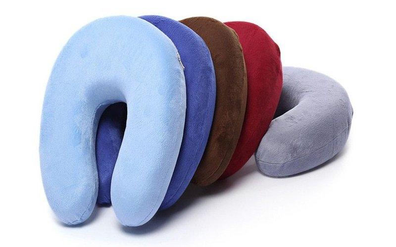 Almohada de viaje para el cuello